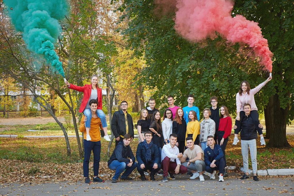 Осенняя съёмка на выпускной альбом фото 3