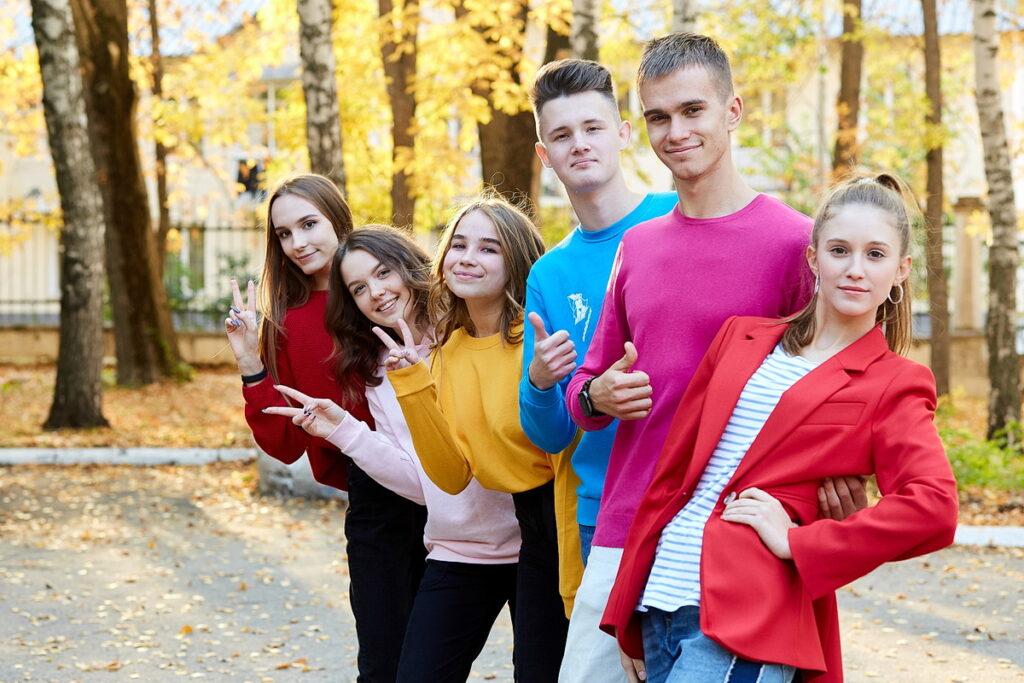 Осенняя съёмка на выпускной альбом фото 2