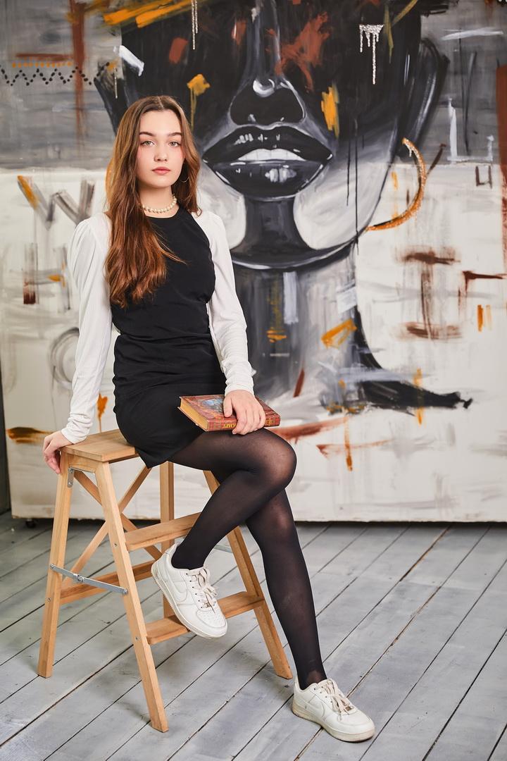 Портрет выпускницы в студии